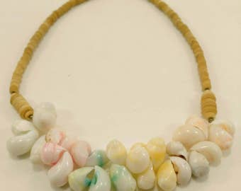 Vintage shell and wooden beads necklace 80s