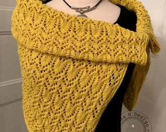 Very large square scarf, in point lace, citrus color, hand-knitted, for woman