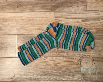 Socks/down with multicolored stripes, hand knitted in a soft and warm, wool for adult (unisex)