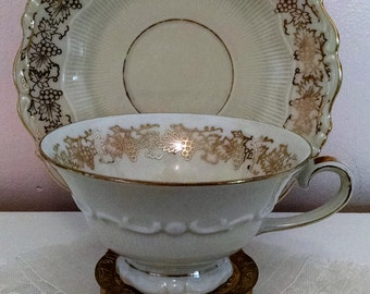 Pretty Schirnding Gold White Vintage Teacup and Saucer Grapes Grapevine Leaves Tea Cup Shabby Cottage Chic Gold Trim Rim Made in Bavaria