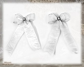 "White Crinkly Hair Ribbon Clips, 3.5""W x 6""L, Silver, Bride, Bridesmaid, Flower Girl, Maid of Honour, Wedding, Gems, Sparkly, Shiny, Glitter"