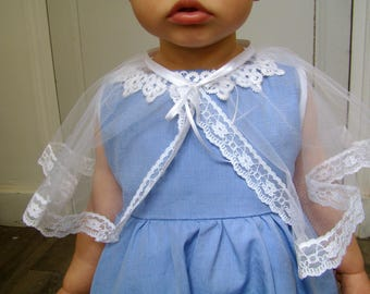 Pretty little child cape tulle and lace white