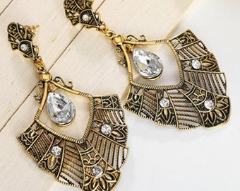 Bohemian Gold Chandelier & Crystal Earrings EA6033i