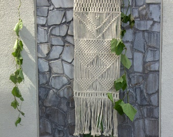 macrame wall art/moderm macrame/wall decor/beautiful macrame/home and living/natural wall hanging/patterned wall art/macrame/macrame home