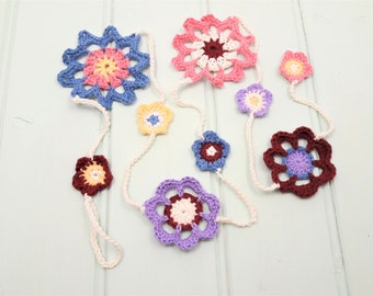 Flower garland, rustic wedding decor, housewarming gift, wall hanging, farmhouse style gift, floral wall decor