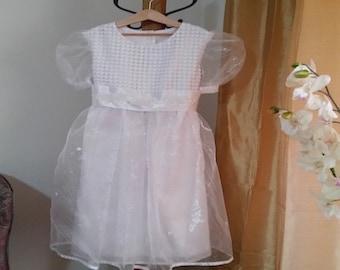 Model: JMCC-00022-OS, dress girl, white organza, dress sleeves, dress flower girl dress