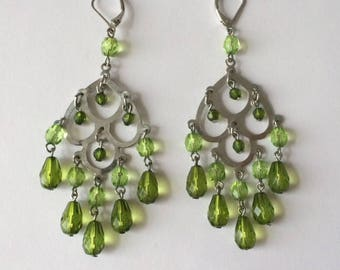 Vintage 1980's Green Crystal Lucite Beads Hinged Clip On Dangle Drop Statement Earrings