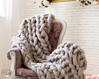 Chunky Throw Blankets, Warm decorative bed throw hand made from soft merino wool, Super bulky wool sofa throw, thick cable knit bed throw