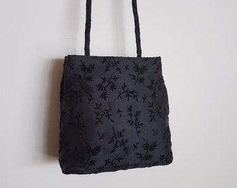 Awesome Black 90s Festival bag/purse/crossbody