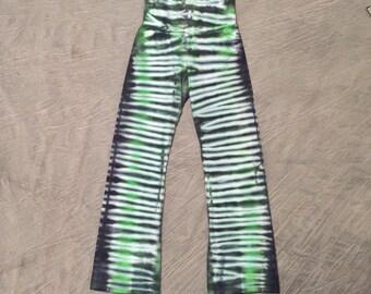 Girls Green Yoga Pants, Size 8, Cotton Yoga Pants, Striped Yoga Pants, Girls tie-dye pajama, tye dye yoga, Comfortable Yoga Pants, D031796