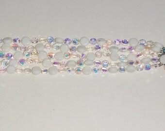 Vintage Sparkly Iridescent Beaded bracelet