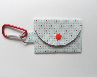 Small snap purse with carabiner clip, blue hearts print, backpack accessory, clip-on purse, kids coin purse, small purse, diaper bag pouch