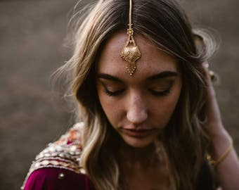 Gold Tikka/Hair Bindi - Festival Boho Headpiece