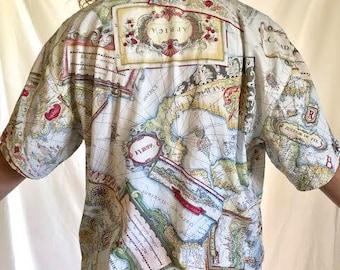 Women's Map Button Up T-Shirt (Siez M)