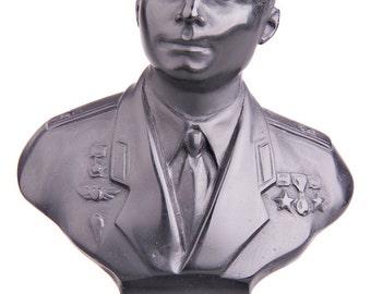 Russian Soviet USSR Astronaut / Cosmonaut Yuri Gagarin Stone Bust / Statue 12cm (4.7'') black