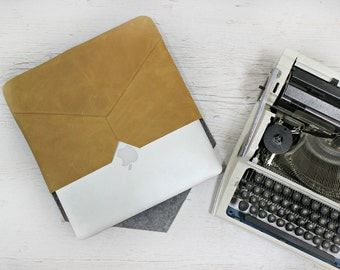 Leather envelope bag/envelope bag/envelope clutch/proretina case/macbook pro case 15/laptop sleeve 15 6/modern laptop case/leather laptop