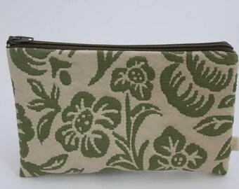 Zipped pouch/ wallet/purse organiser