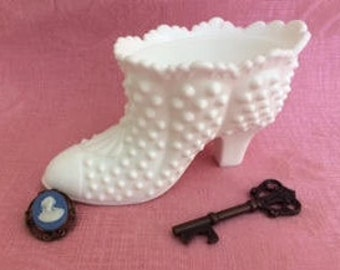 Vintage Milk Glass Hobnail Fenton Shoe, Milk Glass Candy Dish, Fenton Milk Glass Decorative Shoe, Hobnail  Milk Glass Candy Dish, Milk Glass