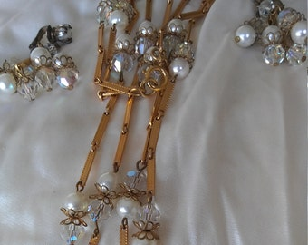 Vintage necklace and earrings lot
