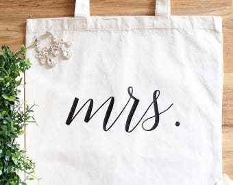 Mrs Tote, mrs tote bag, bride tote bag, bridal bag, wedding tote bag, gifts for the bride, bride to be, wedding accessory, engagement gift