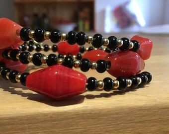 Memory wire bracelet and earrings set
