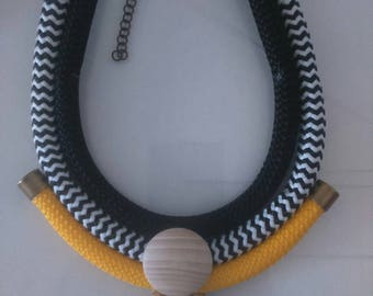 Necklace multirangs, strings, Bib necklace, Multi Strand necklace, Statement necklace, Ropes, Trendy