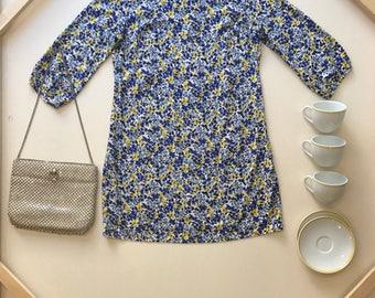 Tea cup sunshine girl