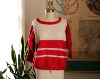 vintage red & white loose knit sweater . oversized red and white stripes sweater . leg-of-mutton inspired sleeves . medium large