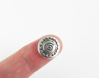 10 Spiral Round Beads - 12mm - Antiqued Silver - double sided - Carved Design