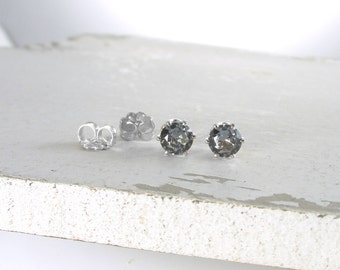 Silver Stud Earrings Alexandrite Earrings Birthstone Stud Earrings June Birthstone Jewelry Alexandrite Stud Earrings Gemstone Stud Earrings