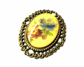 1 piece flower resin cabochon pendant, 49mm x 59mm, resin on antique gold metal alloy setting - P1.1