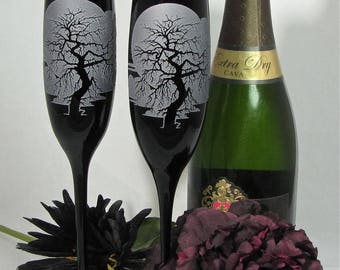 NEW! 2 Black Spooky Tree Enchanted Forest Champagne Flutes, Personalized Gift for Couple, Goth Gothic Halloween Wedding