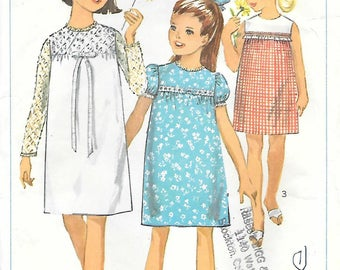 Simplicity 6379 1960s Girls Mod Baby Doll Dress Vintage Sewing Pattern Size 7 Breast 25 Sleeveless Dress