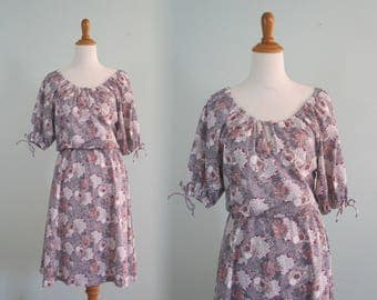 Pretty 70s Pink and Pale Purple Off the Shoulder Dress - Vintage Purple Floral Summer Dress - Vintage 1970s Dress S M