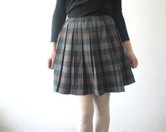 60s plaid wool skirt. pleated skirt. full mini skirt. grey checked skirt. schoolgirl skirt - xs