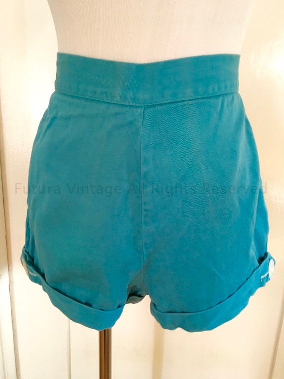 1950s Classic High Waist QUEEN CASUALS Turquoise Blue Sanforized Cotton Shorts with Button Detail and Back Pocket-XS S