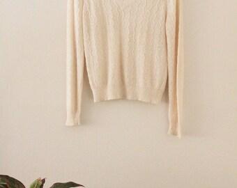 80's Ivory V-neck Knit Top