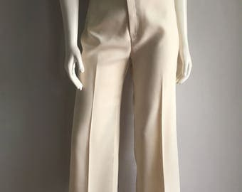 Vintage Women's 70's Levi's, Off White Pants, High Waisted, Wide Leg (M)