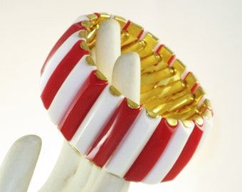 Vintage Red and White Thermoset Panel Expansion Stretch Bracelet (BR-1-5)