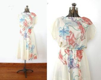 1970s Dress / 70s Creamy White Floral Dress
