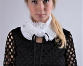 NEW Ruffle Detachable Collar/Pleated Collar/Ruffled scarf/Black and White/Neck piece/French collar/Ascot collar/ rusteam tt team