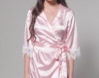 Bridesmaid Robes, Bridal Robe, Bride Robe, Silk Robe, Lace Robe, Blush Robe, Getting Ready Robes, Pink Robe, Lace Bridal Robe, Taylor