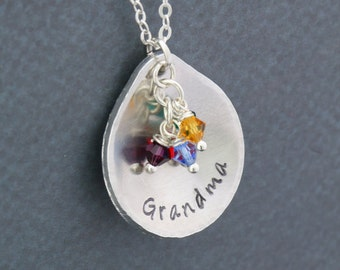 Grandma Gift Grandchildren • Grandma Christmas Gift • Custom Grandma Necklace • Teardrop Birthstone Necklace • Mom Gift Grandma Birthday