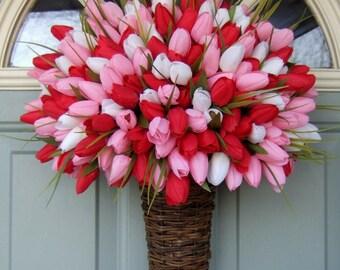 Valentine Wreath -  Valentine Door Wreath - Valentines Day Wreath - Heart Wreath - Valentine Heart Wreath