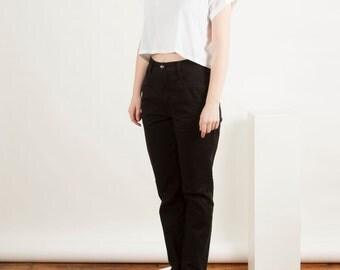 High Waisted Black Denim / Vintage Mom Jeans / Black Straight 90s Jeans