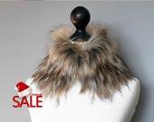 Christmas SALE 10% OFF Faux fur collar in beige and black. Faux fur neck warmer. Womens faux fur collar. Fake fur collar. Fur neck warmer