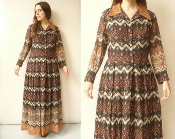 1970's Vintage Hippie Geometric & Floral Print Boho Maxi Dress Size M/L