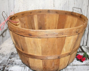 Vintage Apple Basket, Large Wooden Apple Basket, Split Wood Bushel Basket, Orchard Basket Natural Farm Produce Rustic Primitive Decor