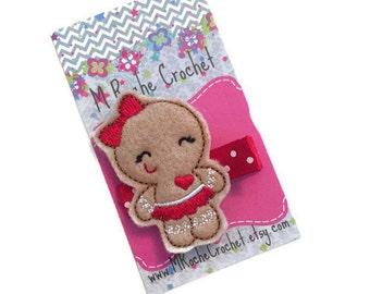 Gingerbread man hair clip, Christmas hair clip, Christmas clip, gingerbread girl, toddler hair clip, hair clippies, baby barrettes