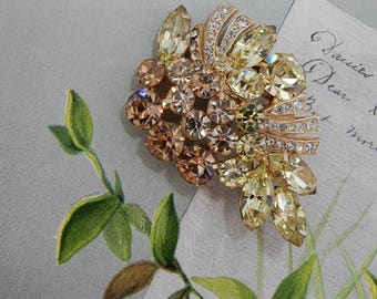 WEISS Signed Citrine & Topaz Rhinestone Brooch w/ Pave Ribbons       OAH331